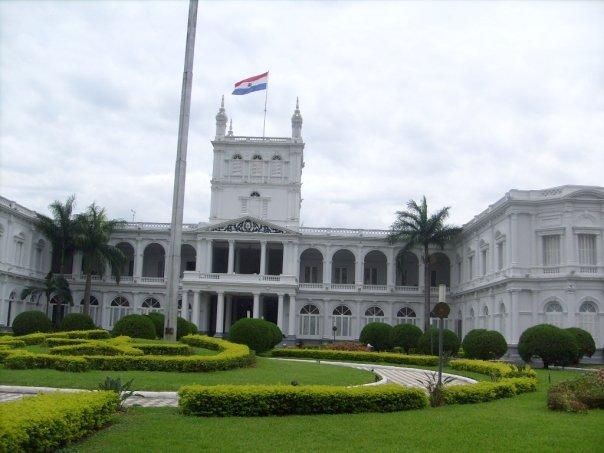 Palacio de los López - Asunción, Paraguay / López Palace - Asunción Paraguay / Por: Fernando Olmos