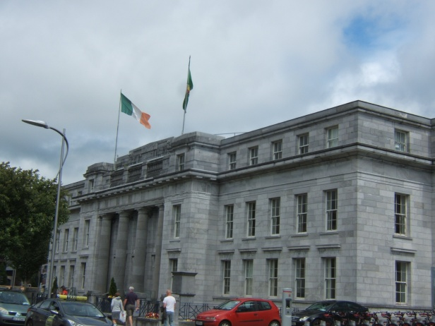 Ayuntamiento - Cork, Irlanda / City Hall - Cork, Ireland / Por: Josu Ibarretxe