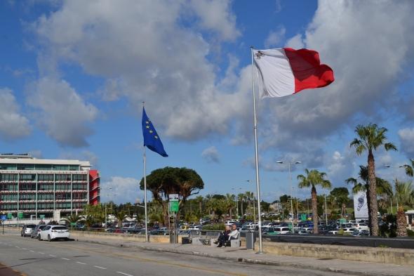 Aeropuerto Internacional de Malta - Luqa, Malta / Malta International Airport - Luqa, Malta / Por: Blog de Banderas