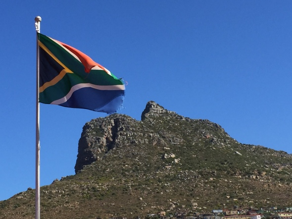 Hout Bay, Sudáfrica / Hout Bay, South Africa / Por: Blog de Banderas