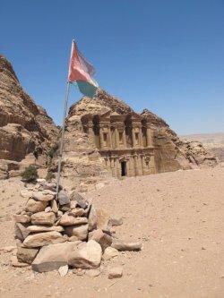 Bandera de Jordania - Petra, Jordania