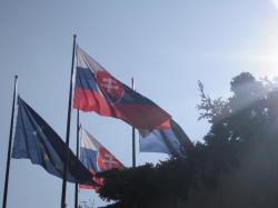 Bandera de Eslovaquia - Bratislava, Eslovaquia