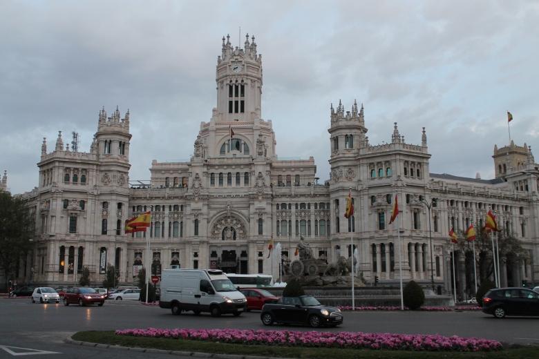Plaza Cibeles - Madrid, España / Cibeles Square - Madrid, Spain / Por: Coke González