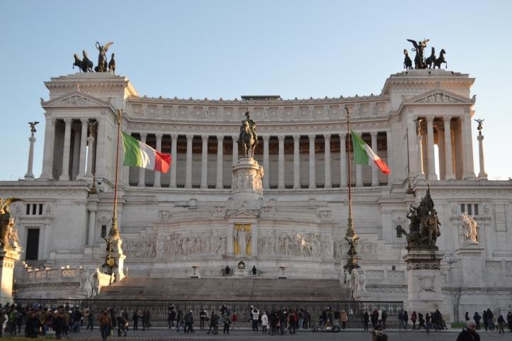 Monumento a Víctor Manuel II - Roma, Italia / National Monument to Victor Emmanuel II - Rome, Italy / Por: Blog de Banderas