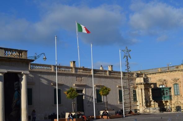 Embajada de Italia - La Valletta, Malta / Italian Embassy - Valletta, Malta / Por: Blog de Banderas