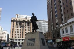 Plaza Gandhi en el centro de Johannesburgo