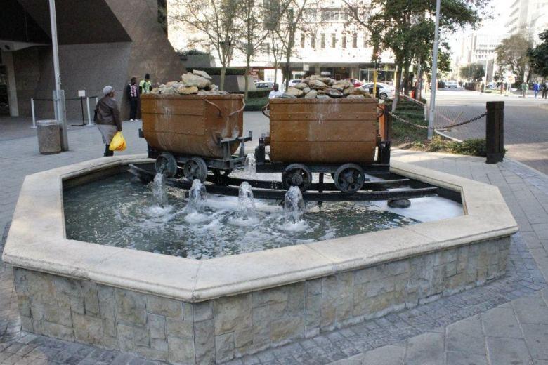 Monumento a las minas de oro