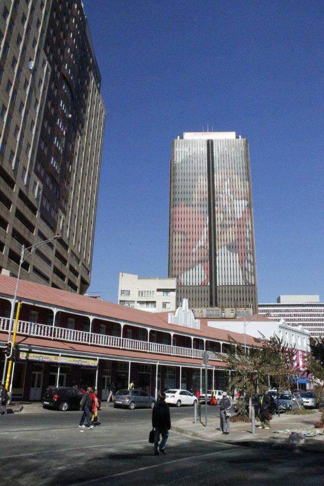 Edificio de Coca-Cola en el centro de Johannesburgo