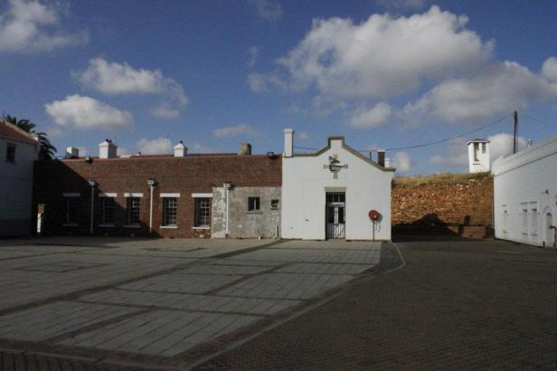 Antiguo fuerte militar de la época del Apartheid en el centro de Johannesburgo