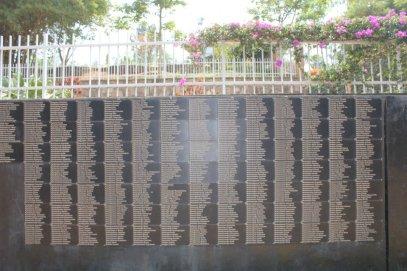 Galería de los nombres de las 250.000 víctimas del genocidio enterradas en el Memorial del Genocidio de Kigali