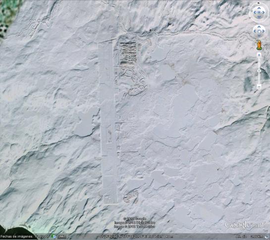 Vista desde Google Earth del Campo de Pruebas Nuclreares Cannikin en la Isla de Amchitka en Alaska, Estados Unidos