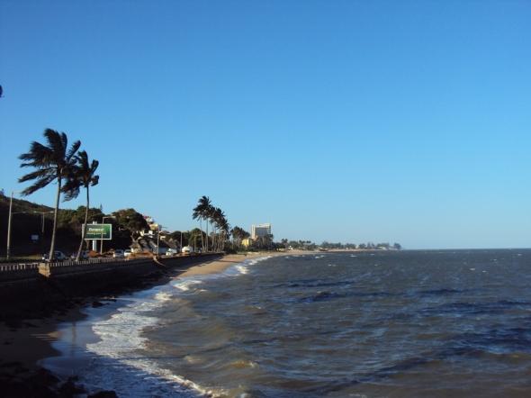 Playas al lado de la Avenida da Marginal