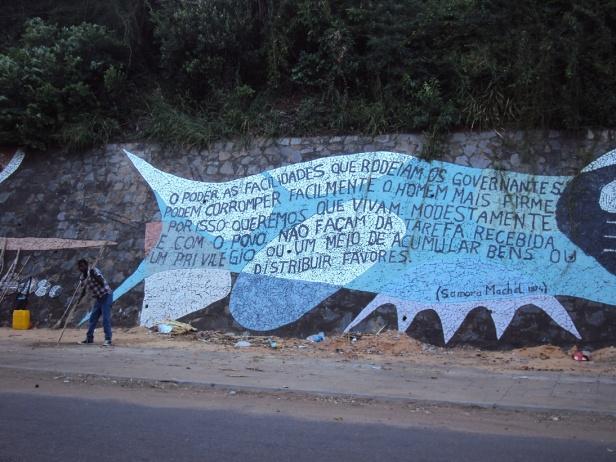 Murales en la Avenida da Marginal de Maputo