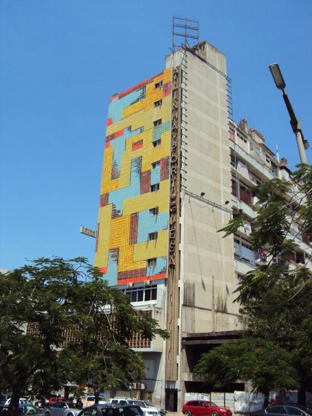 Edificios residenciales de la época socialista en Maputo