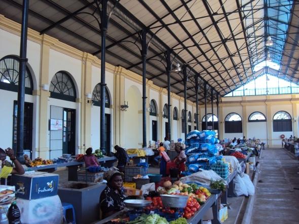 Interior del Mercado Municipal de Maputo