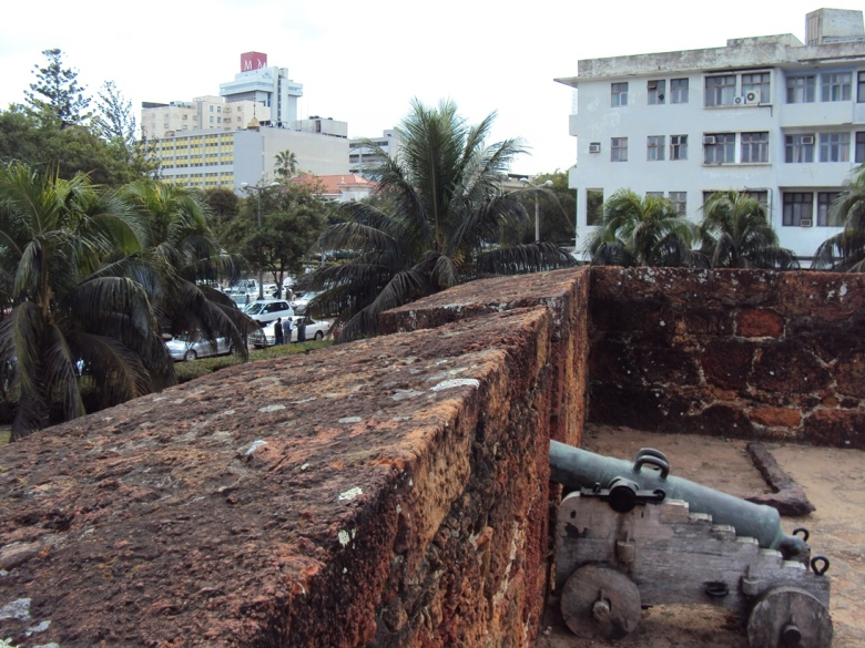Antiguo Fuerte Portugués en el centro de Maputo