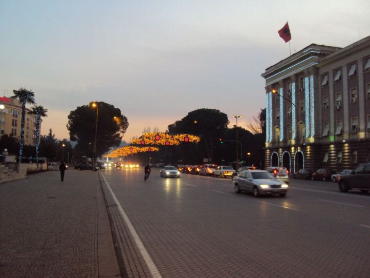 Bulevar Dëshmorët e Kombi de Tirana