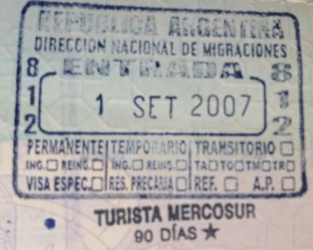 Inmigración: Aeropuerto Internacional de Ezeiza, Argentina