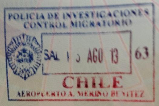 Emigración: Aeropuerto Internacional Arturo Merino Benítez de Santiago, Chile