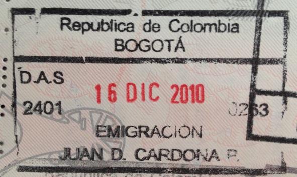 Emigración: Aeropuerto Internacional El Dorado de Bogotá, Colombia