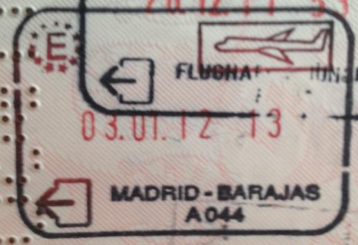 Emigración: Aeropuerto Internacional de Barajas en Madrid, España