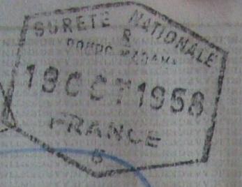 Otra antigüedad: Sello de inmigración francés de 1958 (Cortesía: Patricio Nogueira)
