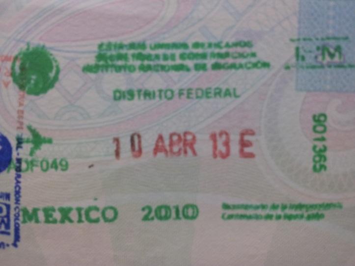 Inmigración: Aeropuerto Internacional Benito Juárez de la Ciudad de México, México (Cortesía: Felipe Calvo)