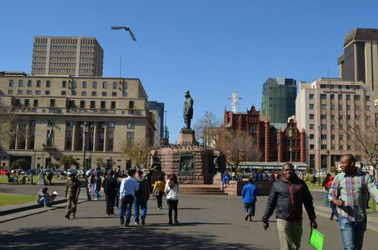 Estatua de Paul Kruger en el centro de Church Square en Pretoria