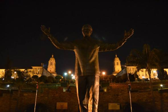 Estatua de Mandela en Union Buildings en Pretoria