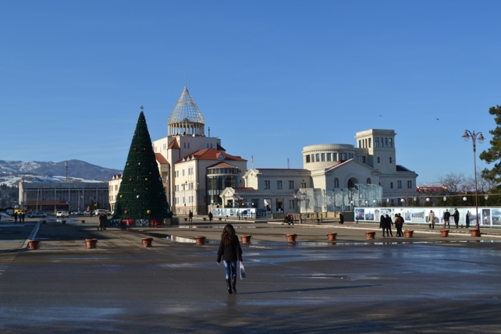 Panorámica de la Plaza del Renacimiento de Stepanakert