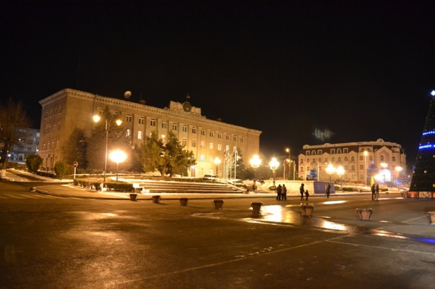 Plaza del Renacimiento de noche