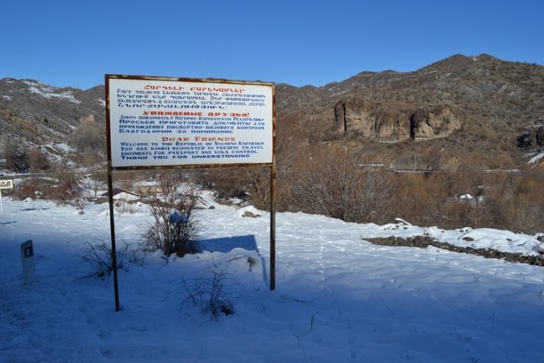 Señal de bienvenida a Nagorno-Karabakh