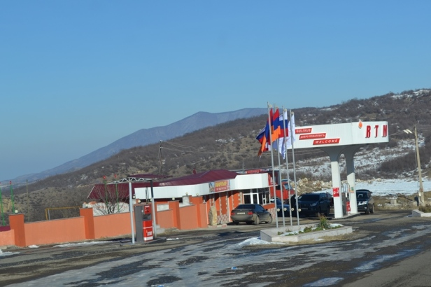 Descendiendo hacia Stepanakert