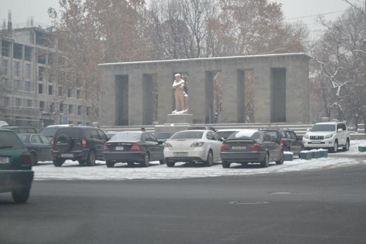 Estatua de San Gregorio el Iluminador en Yereván