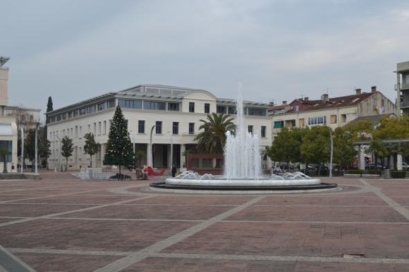 Plaza de la República en Podgorica, Montenegro