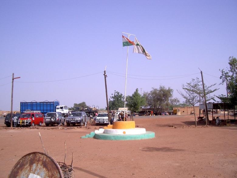 Bandera de Níger / Flag of Niger Niamey, Níger Por: Javier Bilbao (España)