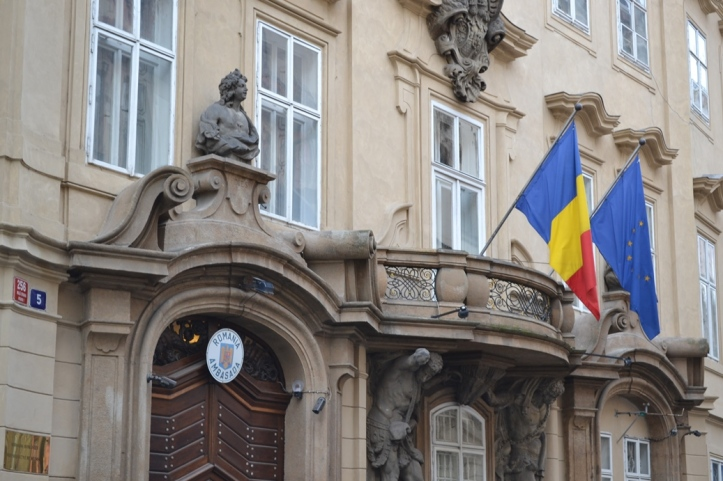 Embajada de Rumania en Praga, República Checa / Embassy of Romania in Prague, Czech Republic / Por: Blog de Banderas