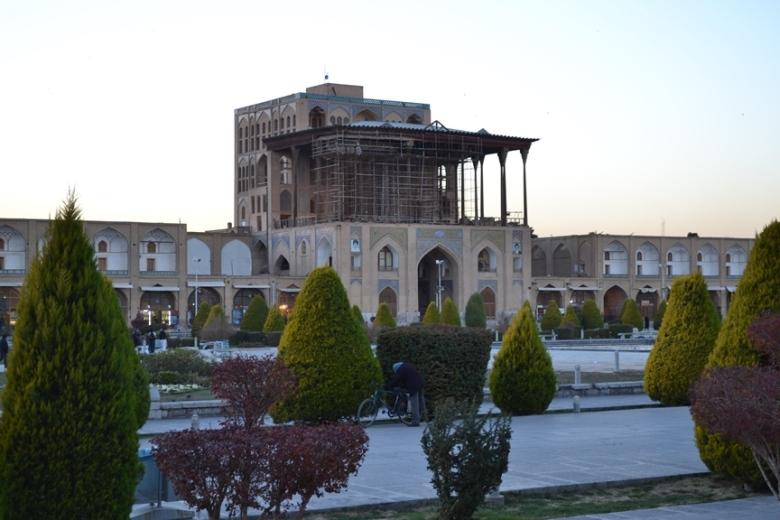Palacio Ali Qapu en la Plaza Naqsh-e Jahan en Isfahán, Irán
