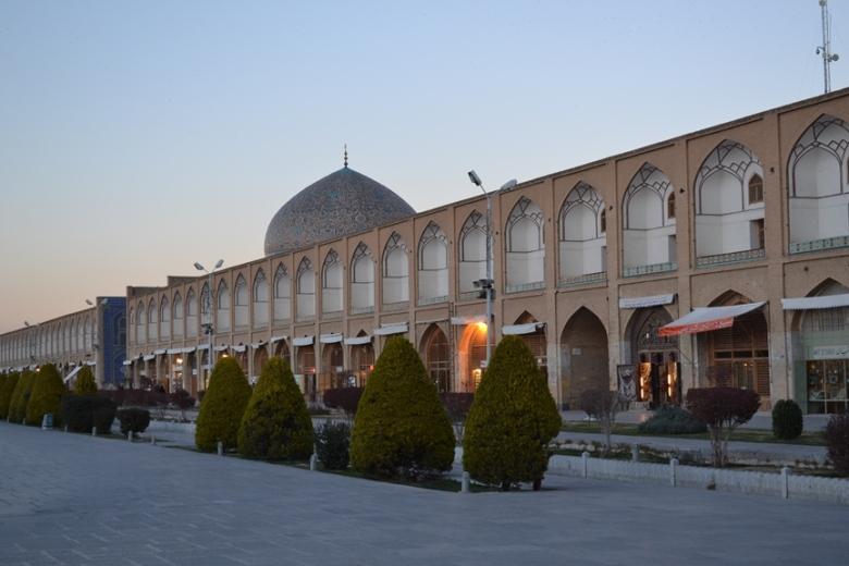 Mezquita del Jeque Lotfollah en la Plaza Naqsh-e Jahan en Isfahán, Irán