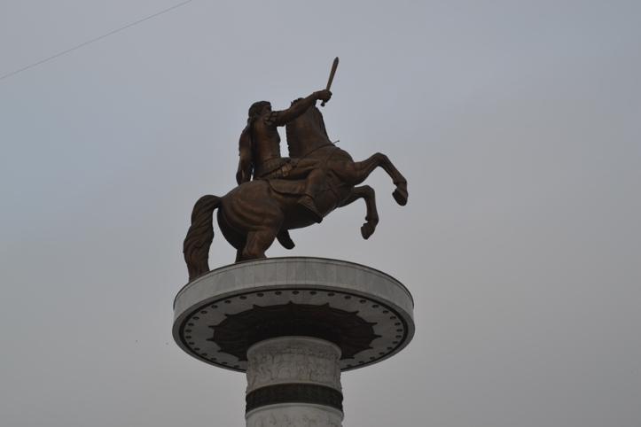 Estatua de Alejandro Magno en la Plaza Macedonia