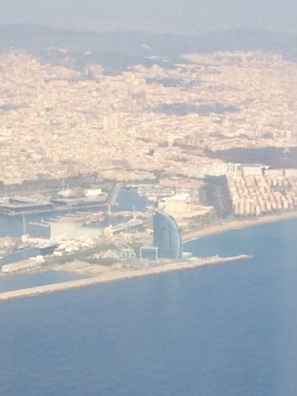Aterrizando en Barcelona, España (Cortesía: Juan Pablo Díaz)