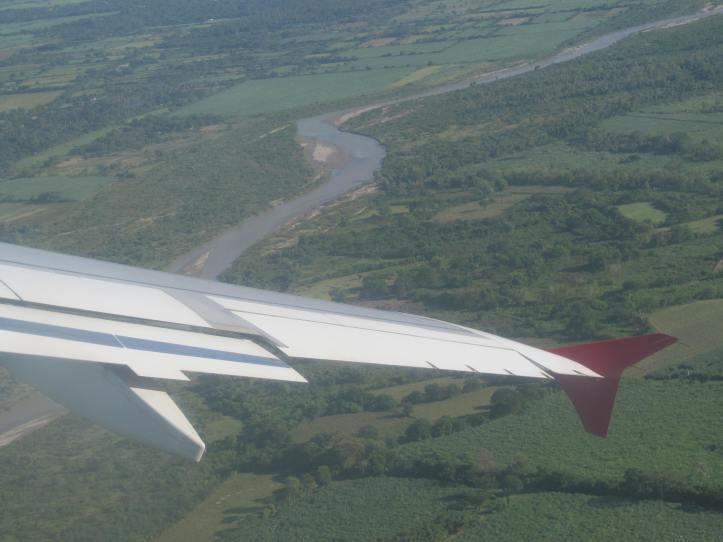 Descendiendo hacia el Aeropuerto Internacional de San Salvador (Cortesía: Ricardo Gutiérrez)