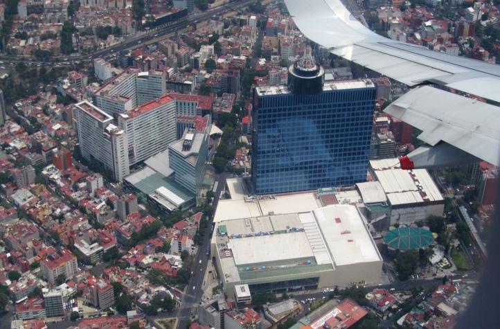 Descenso sobre la Ciudad de México (Cortesía: Ricardo Gutiérrez)