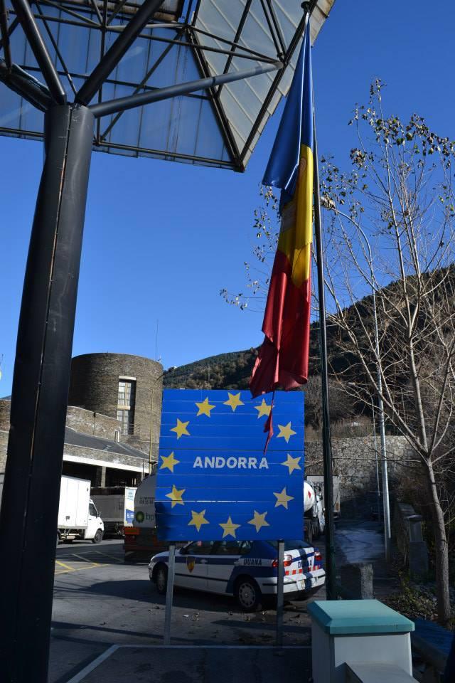 Bandera Andorra (15)