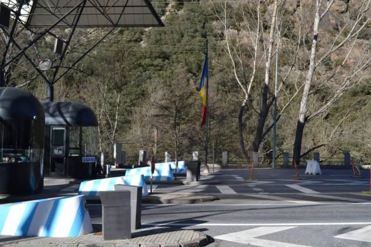 Bandera Andorra (16)