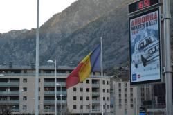 Bandera Andorra (2)