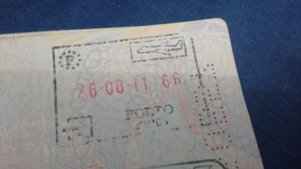 Sello de Inmigración en Porto, Portugal (Cortesía: Marcelo Vítor Bravo)