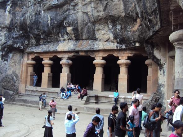 Cavernas de la Isla Elefanta