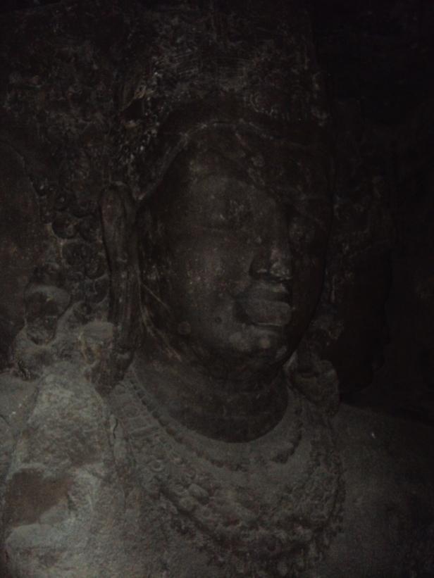 Escultura a Shivá en la Isla Elefanta