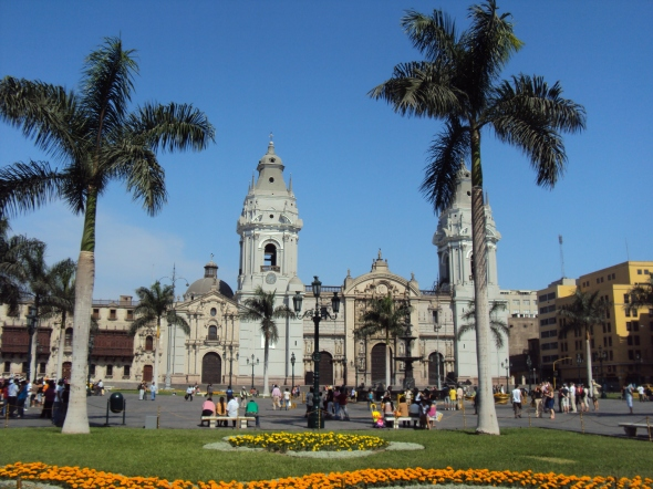 Catedral de Lima en la Plaza Mayor